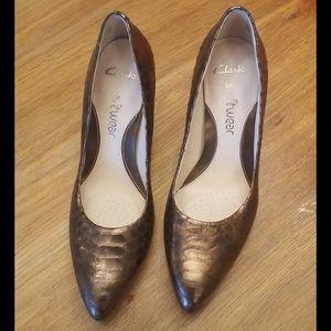 Women Heels 7US  Clarks